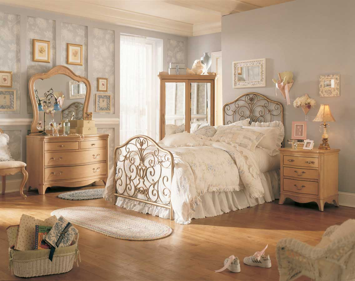 Vintage tarz yatak odalar al veri kul pleri for Classic bedroom furniture designs